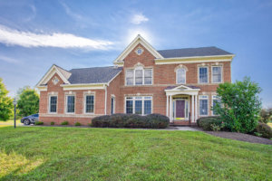 Houses for Sale in Purcellville - 16630 Chestnut Overlook, Purcellville VA 20132