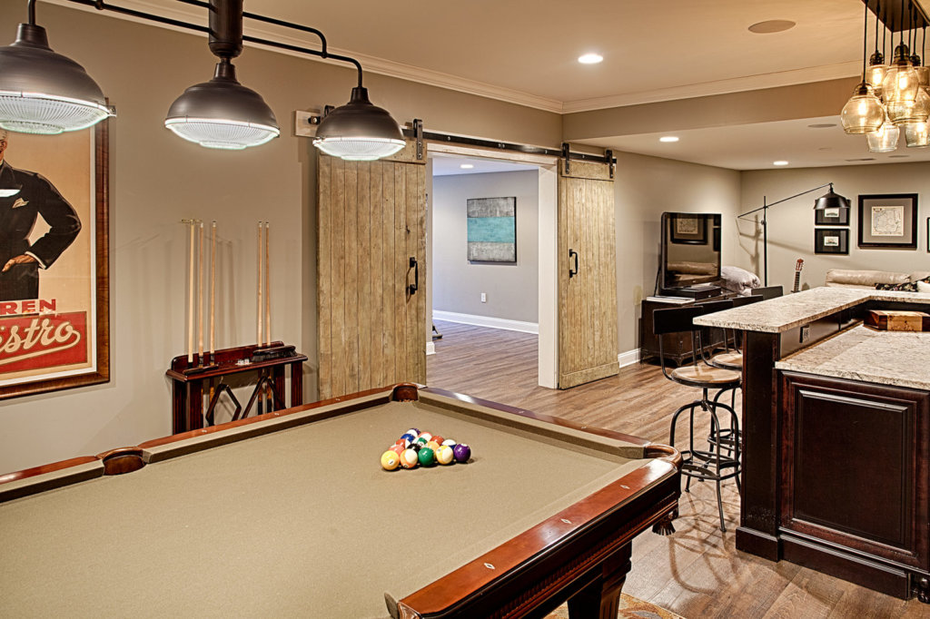 Game Room & Bar