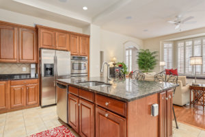 Townhouse for Sale in River Creek - Center Island