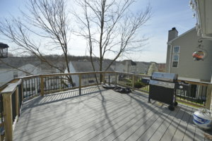 A Picture of the Deck at 16662 Cleveland Park Drive, Round Hill Virginia