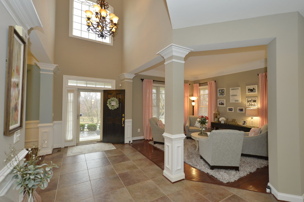 The Foyer at 36335 Silcott Meadow Place in Purcellville, Virgnia