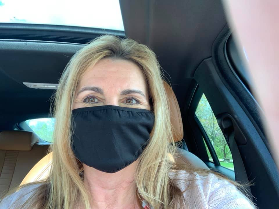 realtor wearing protective face mask
