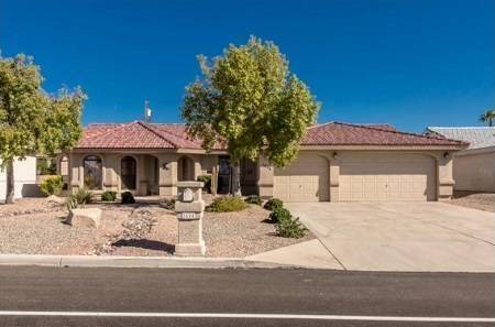 1624 McCulloch Blvd, Lake Havasu City, AZ - Click here to find out more about this and other Lake Havasu homes for sale