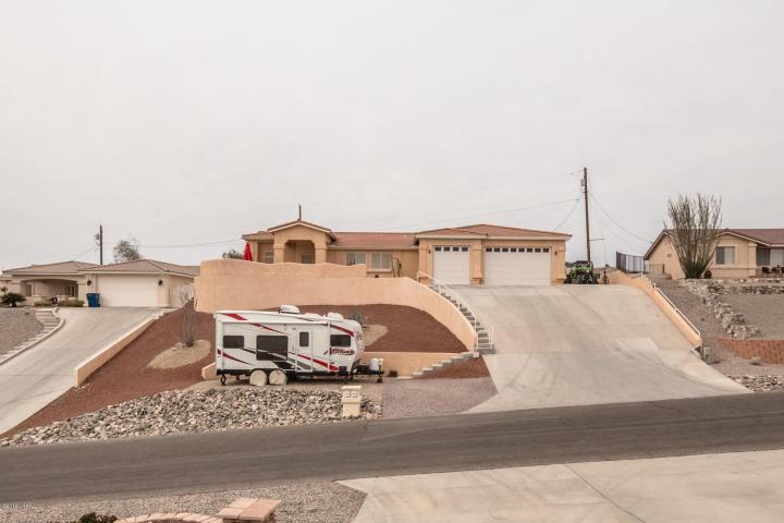 3583 Tarpon Dr - Lake Havasu City, AZ 86406