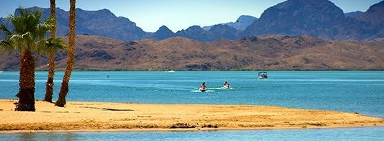 We experienced the highest median sale price of the year last month, according to the Lake Havasu Market Report for Dec 2019. Total sales also rose. But continuing low inventory levels mean prices probably won't come down anytime soon.